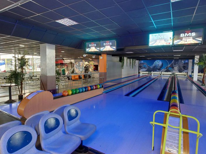 6 pistes de bowling dans une ambiance lounge à Aubagne