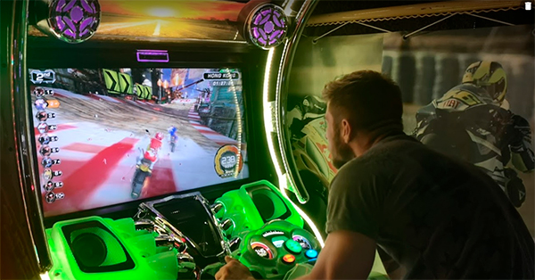 borne d'arcade Motos